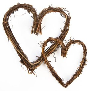 package_of_2_natural_grapevine_twig_heart_wreaths